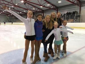 Elina, Mia, Ingrid, Therese, Ida, Amalie og Anna